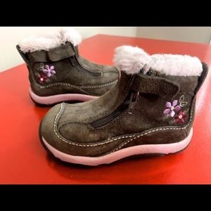 Stride Rite toddler girl boots Size 6M